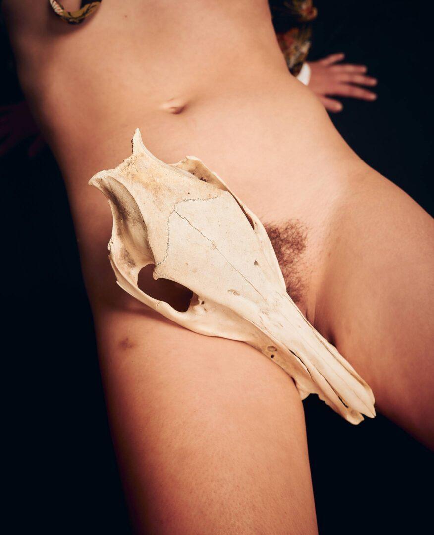 sexy 70s skull nude photoset with model de_praved - 14
