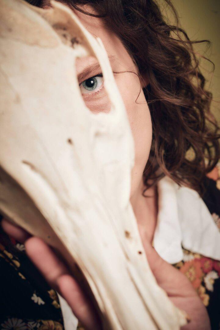 sexy 70s skull nude photoset with model de_praved - 11